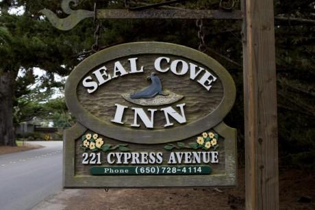 Welcome To Seal Cove Inn - Seal Cove Inn Sign